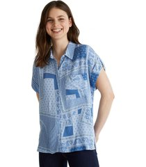 blusa de crepé con diseño celeste esprit