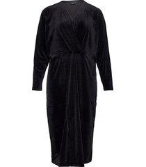 dress velour plus wrap plain long sleeves knälång klänning svart zizzi