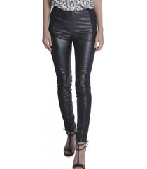 calça skinny miss joy leather preto