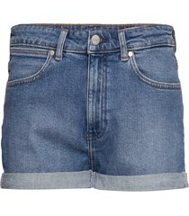 boyfriend short shorts denim shorts blå wrangler