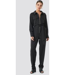 sisters point emmi jumpsuit - black