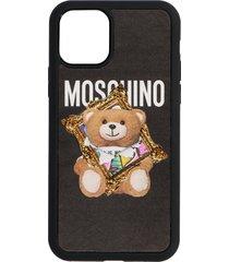 moschino teddy cornice case
