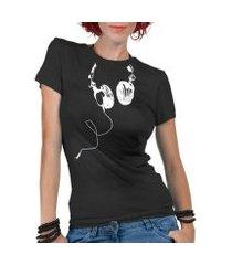 camiseta criativa urbana fones nerd geek