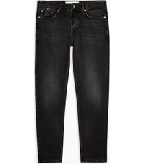 mens black rigid tapered jeans