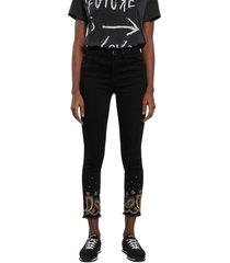 jean negro desigual