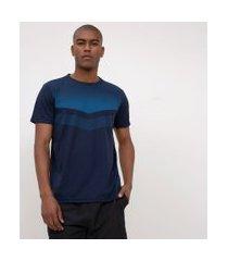 camiseta esportiva com estampa | get over | azul médio | m