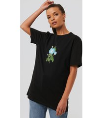 na-kd flower print oversized tee - black