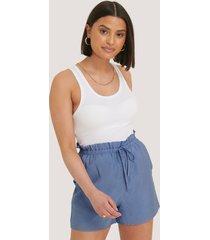 na-kd shorts med hög midja - blue