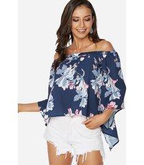 blusa azul marino con diseño de abertura en el hombro y estampado floral al azar