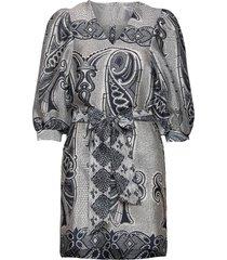henrietta dress aop 11244 kort klänning grå samsøe samsøe