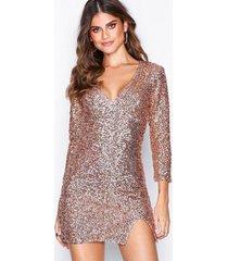 nly one fierce sequin dress paljettklänningar rose gold