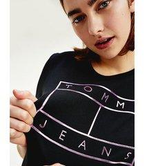camiseta con logo metalizado negro tommy jeans