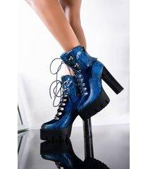 akira azalea wang catching feelings chunky heel bootie in blue