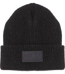 knit black beanie
