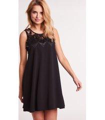 czarna sukienka wieczorowa
