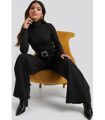 na-kd turtle neck long sleeve jersey jumpsuit - black
