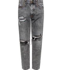 mharky' jeans met gaten