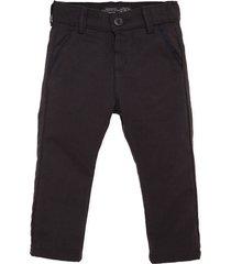 pantalon gris  offcorss