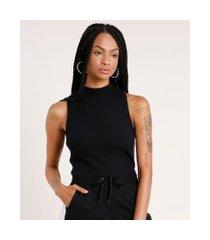 regata feminina em tricô canelada gola alta preto
