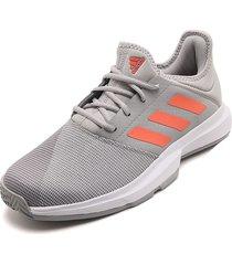 tenis lifestyle gris-blanco-naranja adidas performance game court m