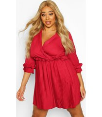 plus ruffle plunge detail pleated skater dress, wine