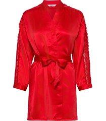 kimono satin lace slv insert morgonrock röd hunkemöller