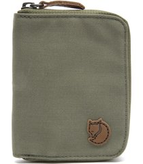 billetera f24216 zip wallet verde fjall raven
