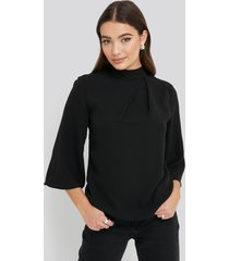 na-kd high neck wide sleeve blouse - black