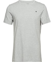 james tee t-shirts short-sleeved grå morris