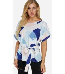 blusa de manga corta con cuello redondo y diseño geométrico aleatorio