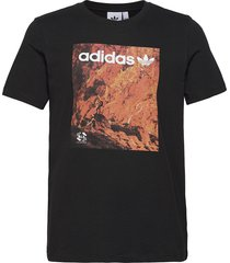 adv tee t-shirts short-sleeved svart adidas originals