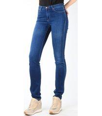 skinny jeans wrangler jeans cold sky w26e8481v