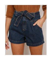 short clochard jeans com faixa para amarrar cintura alta azul escuro