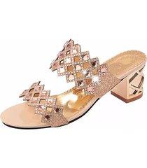 sandali in cuoio traforato con perline strass brillanti
