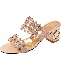 sandali in cuoio traforato con perline strass brillanti