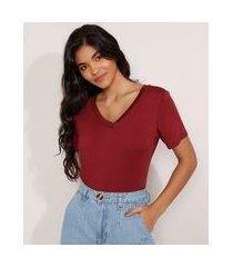 camiseta básica manga curta decote v vermelha