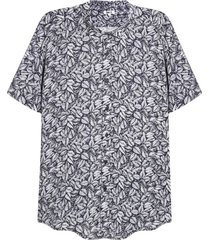 camisa hombre print hojas