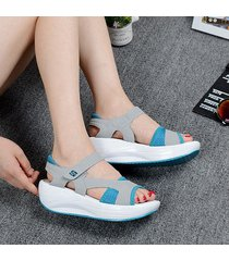 plataforma muffin con zapatos casuales de mujer.