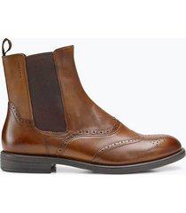 boots amina med broguemönster
