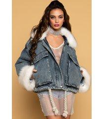 akira emrata oversized fur trim jacket