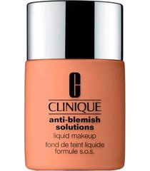 base liquida anti-blemish solutions liquid makeup clinique fresh beige