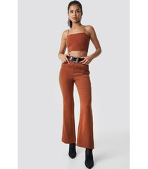 hannalicious x na-kd high waist bootcut suit pants - orange