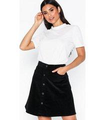 noisy may nmsunny short corduroy skirt noos minikjolar