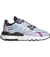 zapatilla lila adidas nite jogger