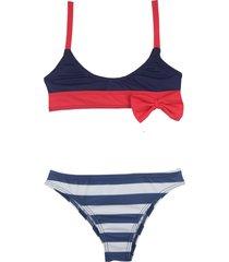 bikini azul mare moda nenas