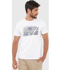 camiseta calvin klein jeans geométrica branca
