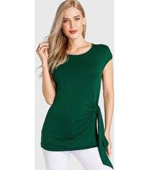 camiseta verde de manga corta redonda cuello
