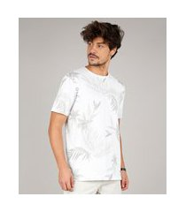 camiseta masculina estampada folhagem manga curta gola careca off white