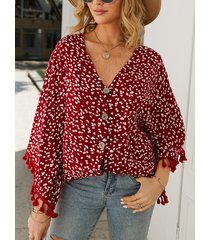 borla roja diseño calico escote en v 3/4 longitud blusa mangas