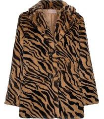 jennabel jacket outerwear faux fur bruin unmade copenhagen